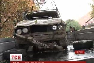У Херсоні в дим п'яний водій скерував авто в яму від ремонту теплотраси