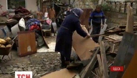 Одесские чиновники планируют восстанавливать дом, под завалами которого накануне погиб юноша