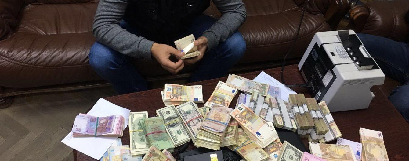 """Одесский бизнесмен ежемесячно """"отмывал"""" $ 1 млн через оффшорные компании"""