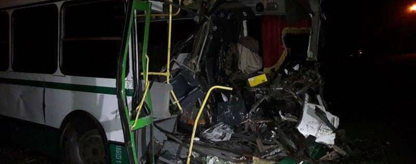 Водитель БТР, столкнувшегося с гражданским автобусом, был трезв