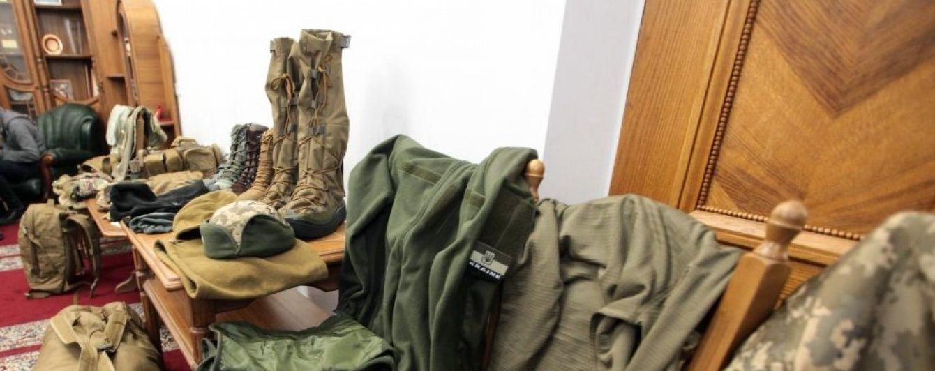 Нечесні швейні фабрики винайшли спосіб, як обманом заробити на формі для військових