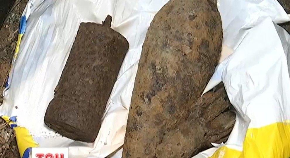 На Прикарпатті вибухом старого артилерійського снаряду вбило 23-річного чоловіка
