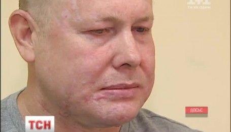 Освобожденному из плена волонтеру Владимиру Жемчугову будут спасать зрение в Германии