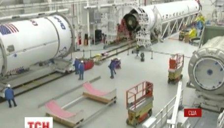 """Украинско-американская ракета """"Антарес"""" взлетела с космодрома на Виргинских островах"""