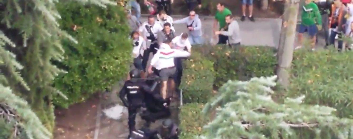 """Мадрид вразили жорстокі вуличні бої фанатів польської """"Легії"""" з копами"""