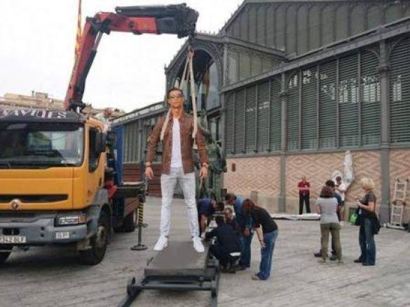 Кріштіану Роналду і Lamborghini меми_4