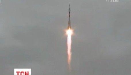 Россияне отправили в космос мощи святого