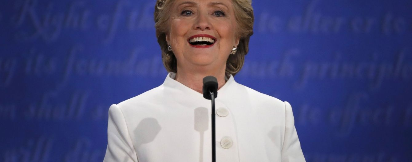 Клінтон вже замовила феєрверк на честь перемоги на виборах - New York Post