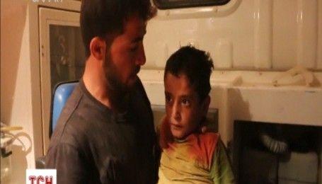 В сирійському місті Маар Шамаріни продовжують діставати людей з-під завалів після авіаударів