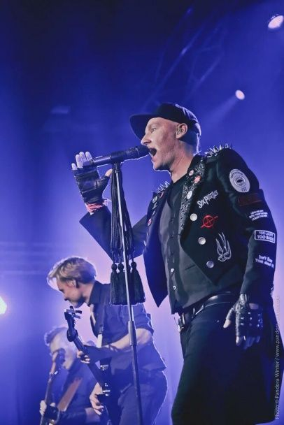 Фінські рокери Poets of The Fall представили запальну концертну програму в Києві