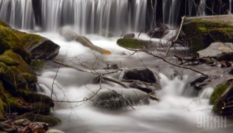 """""""Великолепная шестерка"""" карпатских водопадов"""