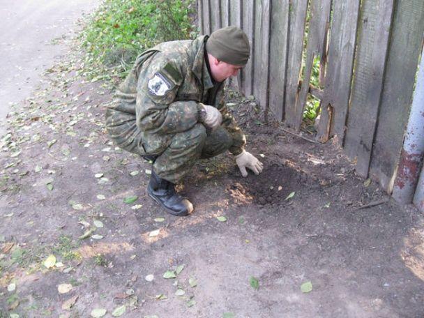 На Чернігівщині на подвір'ї прогримів вибух, є постраждалі