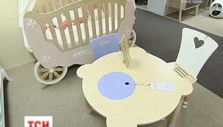 Украинцы разработали особую детскую мебель из листового дерева