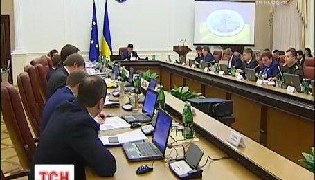 Премьер-министр Украины анонсировал повышение минимальной заработной платы и пенсий
