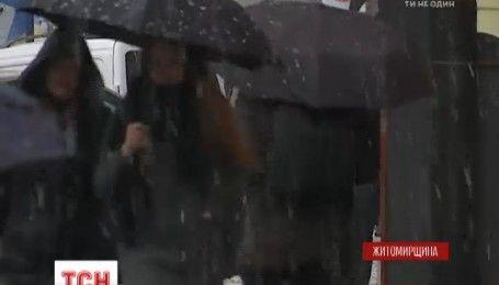 В Киеве первый снег стал причиной пробок в 9 баллов