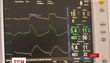 Двоє тяжкопоранених бійців вижили завдяки турботі рідних та допомоги лікарів у Дніпрі