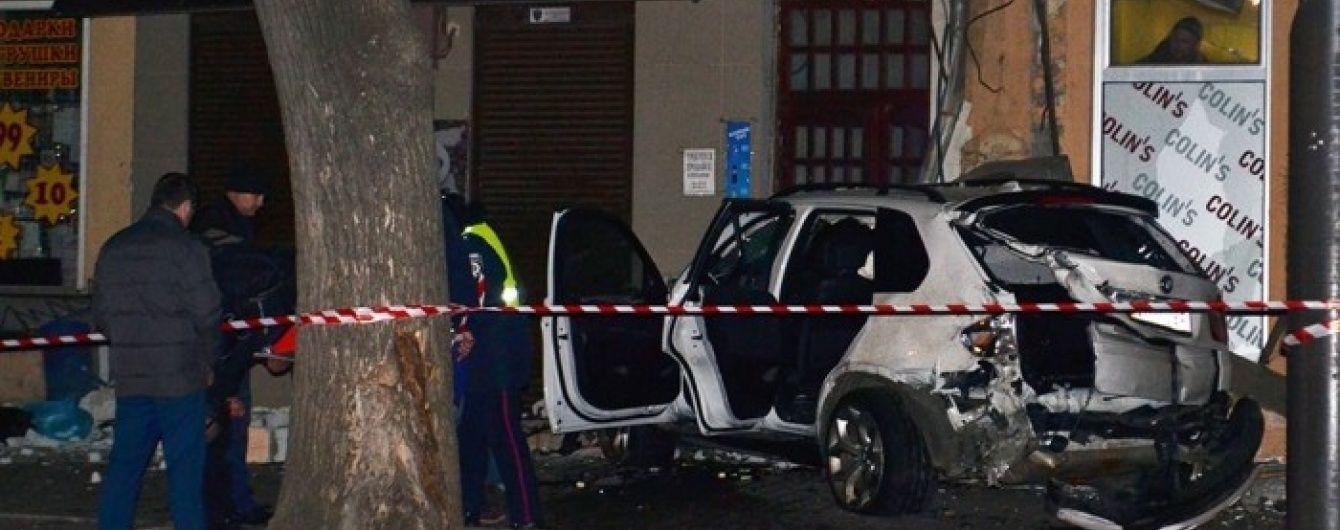 В Одесі затримали пасажира-втікача резонансної аварії з BMW