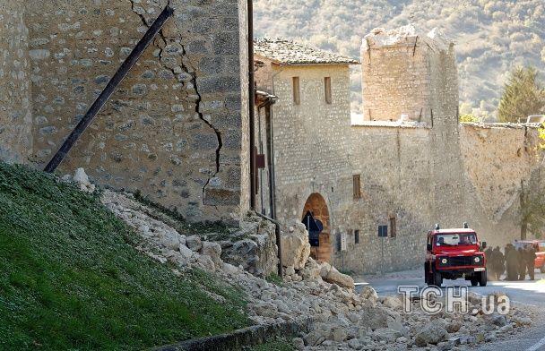 Reuters показав фото руйнівного землетрусу в центральній Італії