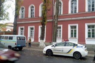 Вибух у казармі в Кропивницькому: стан двох поранених стабілізувався, прокуратура з'ясовує причини