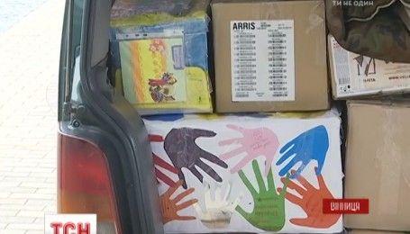 Десять тонн гуманитарной помощи собрали винницкие волонтеры солдатам на Восток