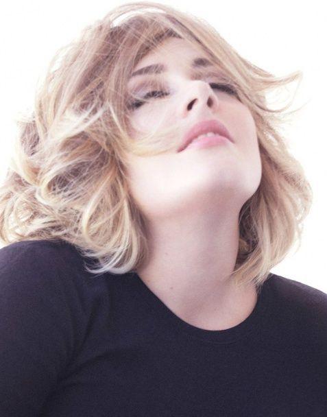 Романтична та зухвала Адель постала схудлою у спокусливій фотосесії