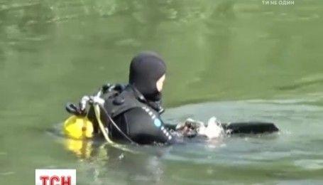Щонайменше 13 мільйонів несправжніх євро знайшли на дні болгарського озера