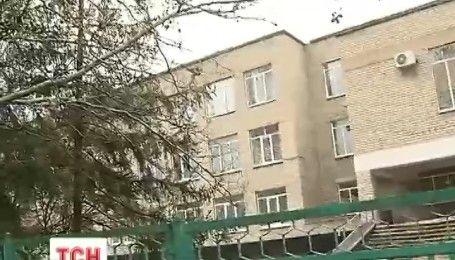 Бойовики стріляли по житлових кварталах та влучили у школу