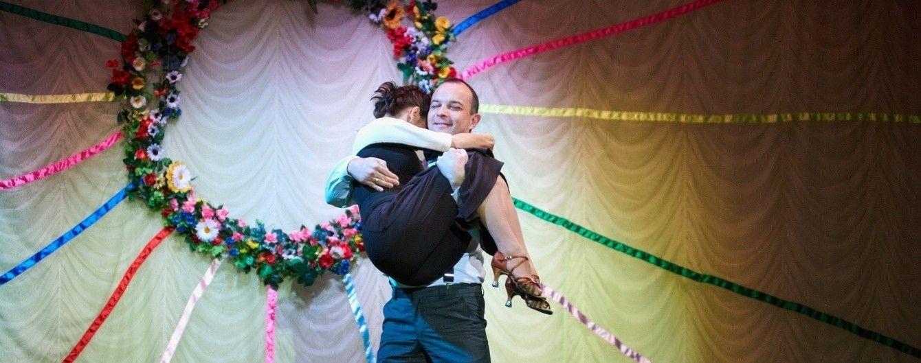 Витончена Марічка Падалко з чоловіком вперше станцювали на сцені
