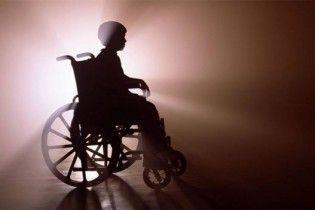 Право на рух. Через бюрократію діти з інвалідністю не можуть півроку отримати візки