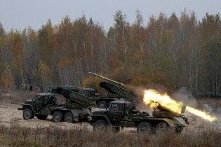 Україна відправить двох спостерігачів на військові навчання у Білорусі за участю РФ