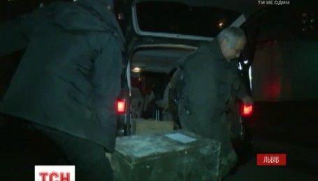 Понад 200 гранат винесли вибухотехніки із львівської квартири, де на вихідних пролунав вибух