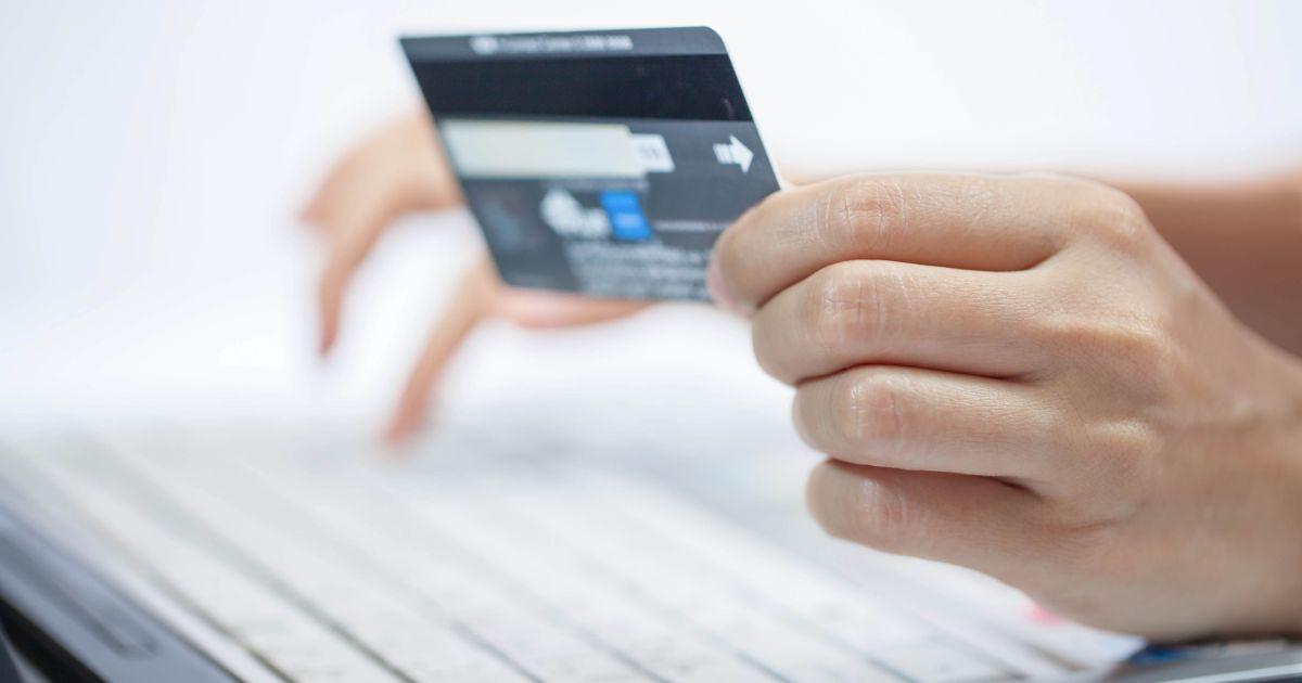 Покупка и продажа через Интернет: какие самые распространенные схемы мошенничества и как не стать жертвой