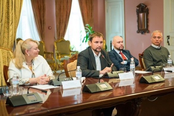 Україна. Повернення своєї історії науковці _4