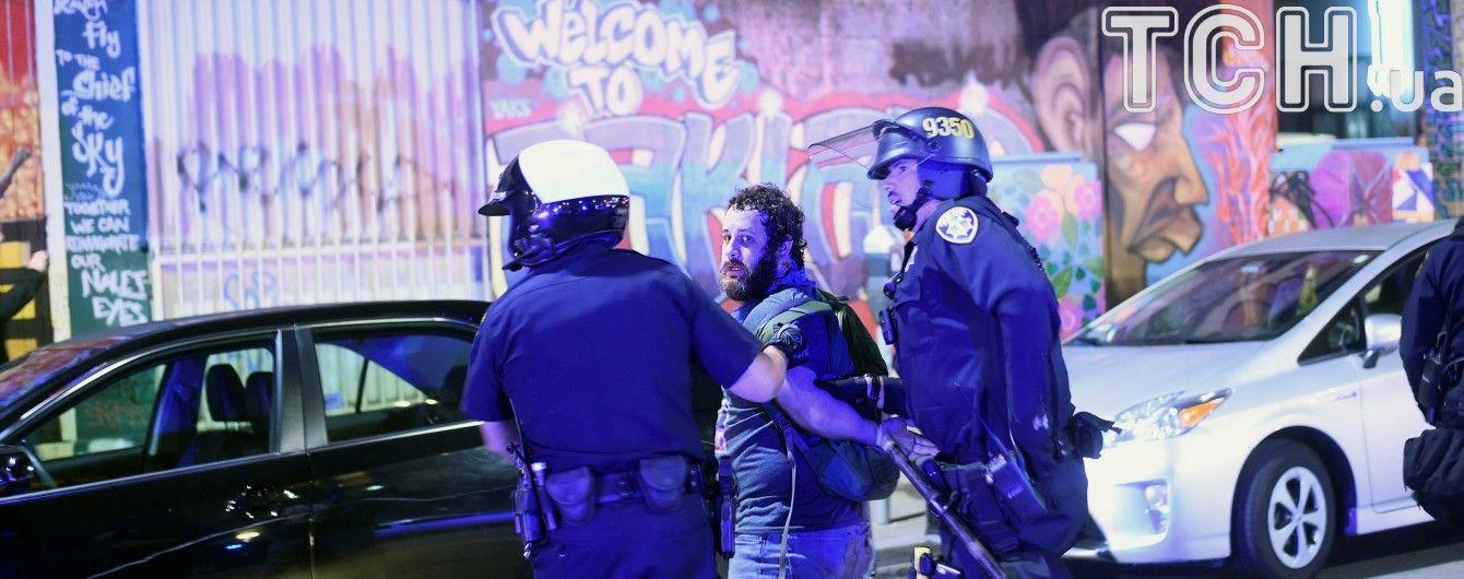 У Лос-Анджелесі поліція затримала близько 150 протестувальників проти Трампа