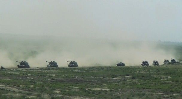 Сотні танків і десятки літаків: Азербайджан розпочав масштабні військові навчання