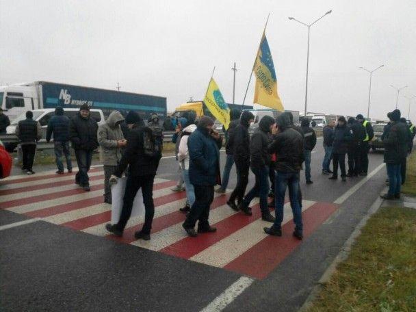 Українські активісти заблокували третій пункт пропуску – тепер на кордоні з Польщею