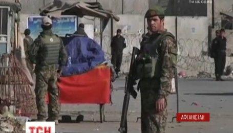 На самой большой авиабазе НАТО в Афганистане прогремел взрыв, есть погибшие