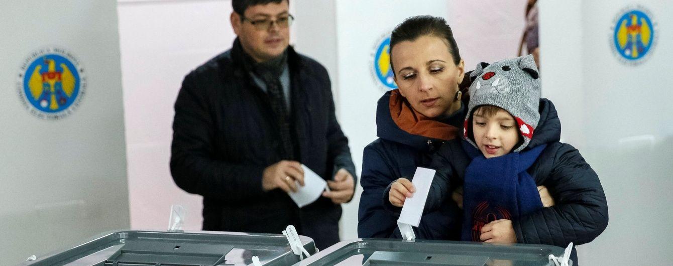 Між Європою і Росією: у Молдові завершився другий тур виборів президента