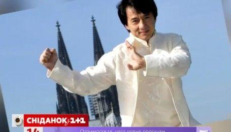 """Джеки Чан получил первый """"Оскар"""""""