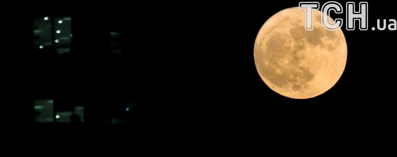В России начали набор кандидатов для полета на Луну