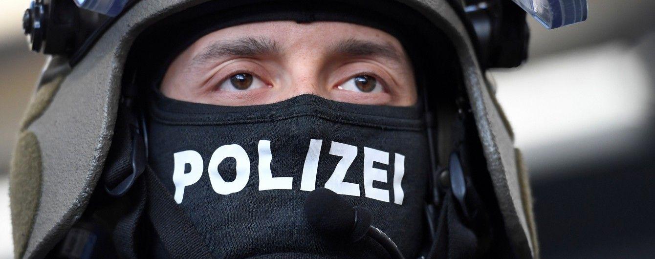 """У Німеччині поліція у 10 федеральних землях провела рейди проти прихильників """"Ісламської держави"""""""