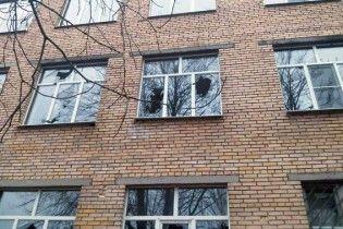 Після надпотужного удару по Мар'їнці місцеві назвали винними українських солдат
