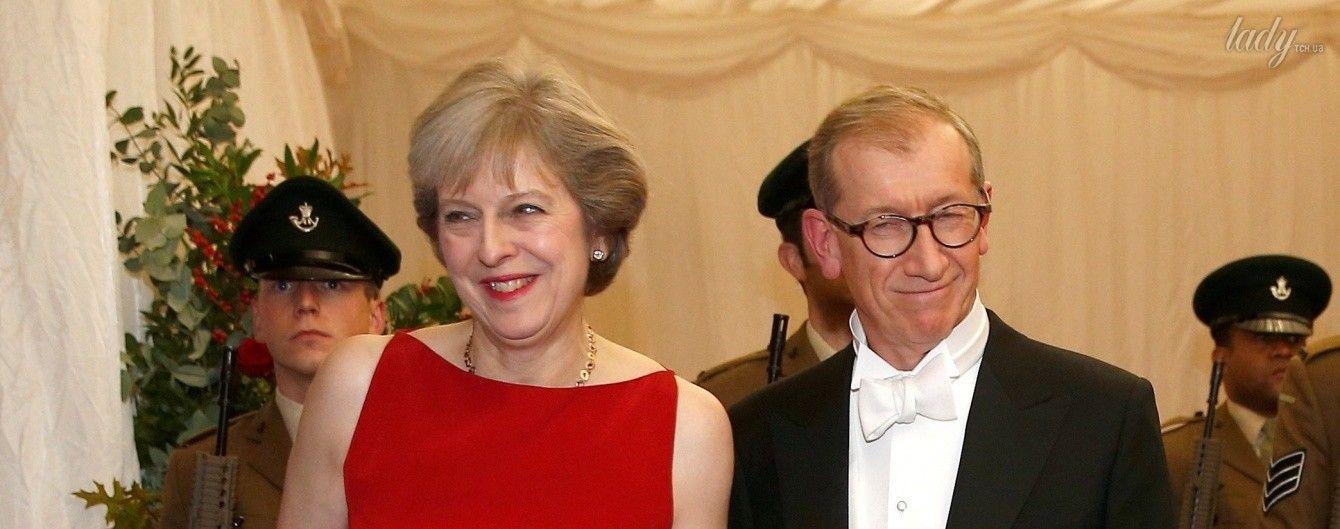 В элегантном платье и с ярким маникюром: премьер-министр Великобритании на банкете в Лондоне