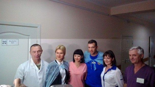 Збірна України провідала воїнів АТО у харківському шпиталі