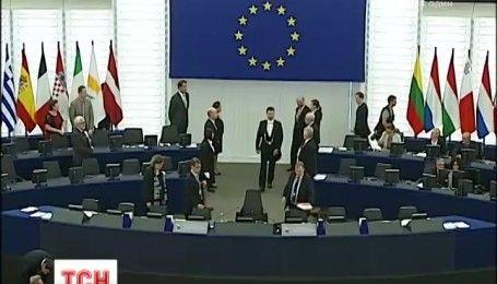 Председатель Европарламента заявил о готовности отменить визы для украинцев