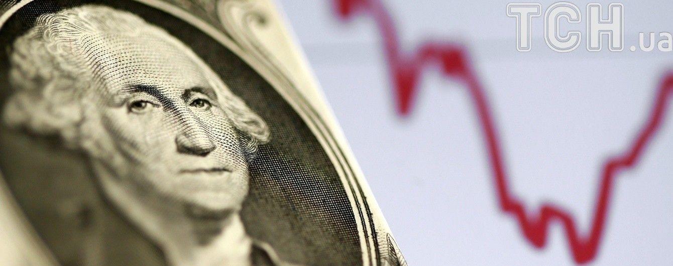 Долар і євро втратили в ціні в курсах Нацбанку на 11 серпня. Інфографіка