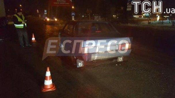 У Києві п'яний водій збив жінку та протаранив автівки поліції
