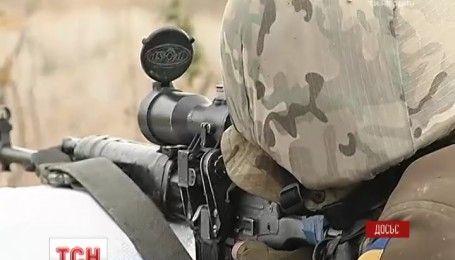 На Луганщине из тяжелой артиллерии обстреляли Троицкое