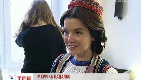 """Известные украинки приняли участие в создании благотворительного календаря под названием """"Щирі"""""""