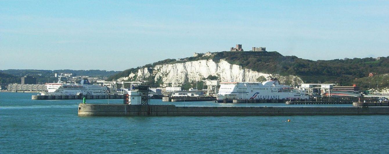 Біля Дувра в Британії зазнало катастрофи 200-метрове вантажне судно